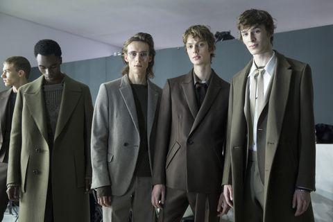 Suit, Formal wear, Fashion, Tuxedo, White-collar worker, Outerwear, Event, Blazer, Fashion design, Model,