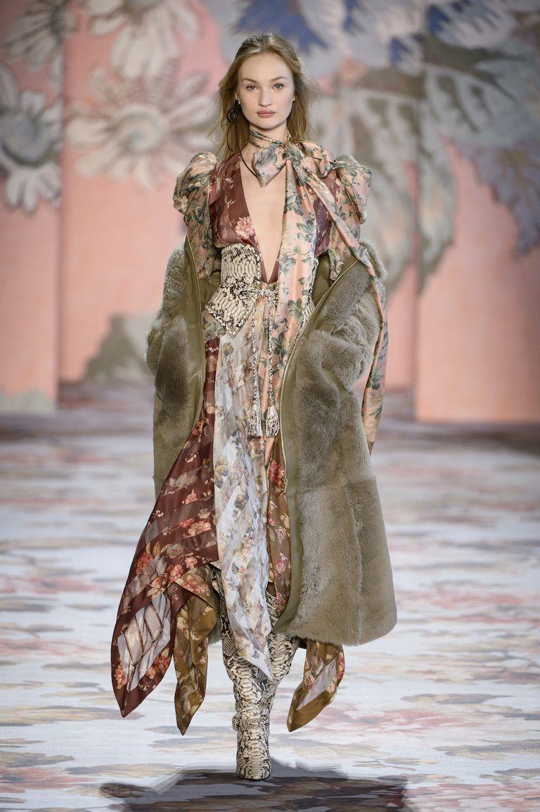 Клетка, мех и кожа: тренды верхней одежды на осень-зиму 2018. Часть I