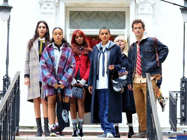 日本でも配信が始まった新『ゴシップガール』。オリジナル版と同じくニューヨークの高級住宅地アッパーイーストサイドを舞台に、新進気鋭のキャストが演じるセレブな高校生たちの人間関係とドラマチックな展開に世界中が夢中に。シーズン1の配信直後から早くも続編の噂が流れていたけれど、hbo maxがシーズン2の制作を正式に発表!