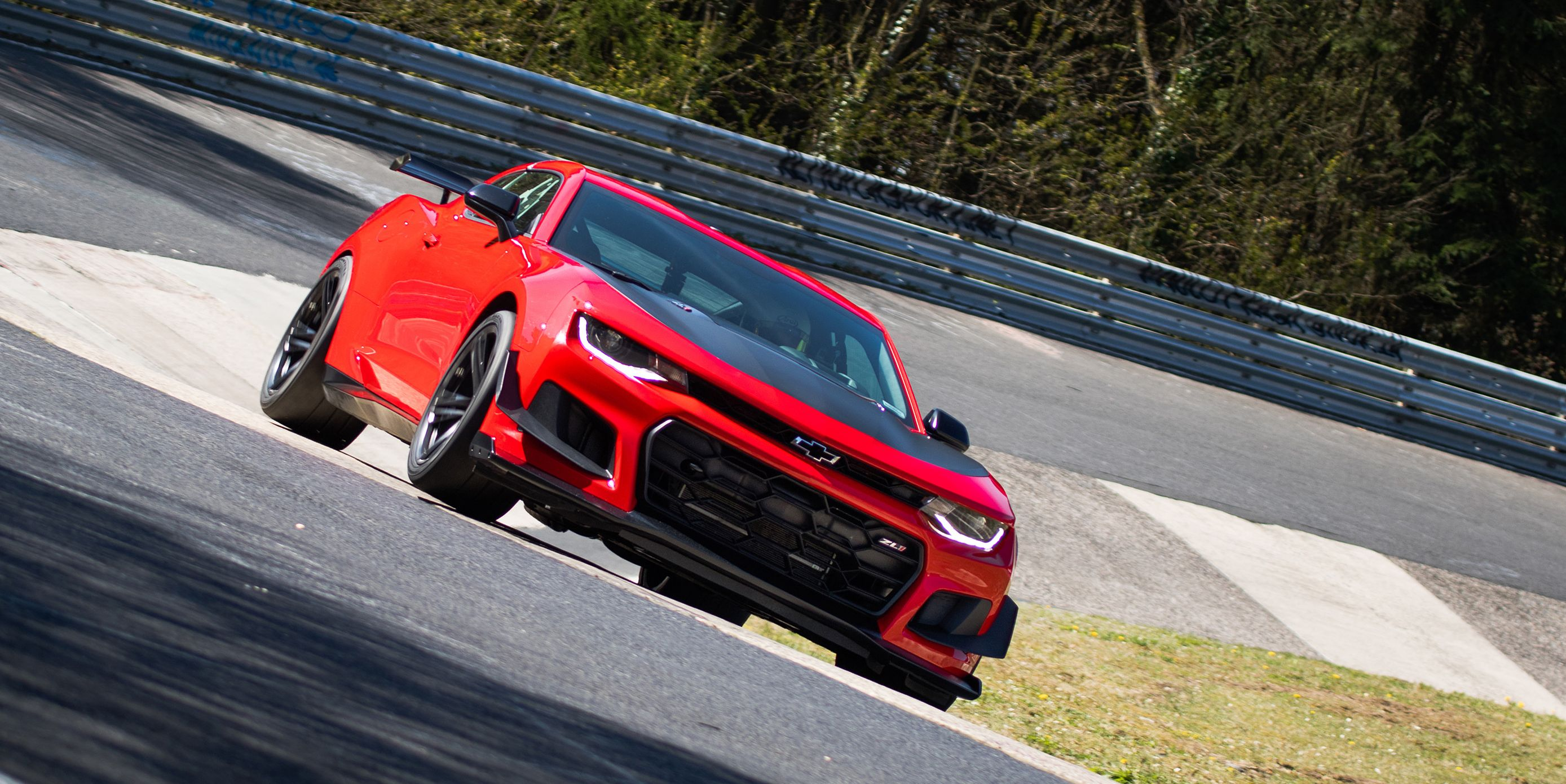 Watch the 2018 Chevrolet Camaro ZL1 1LE Blitz the Nurburgring in 7:16.04