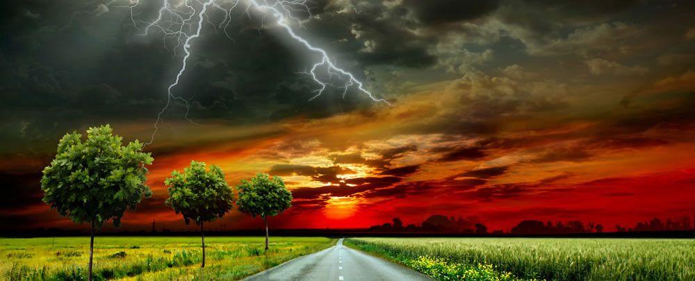 Hoe blijf je veilig bij donder en bliksem? 'Een mens geleidt