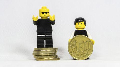 Lego mini figures earned money