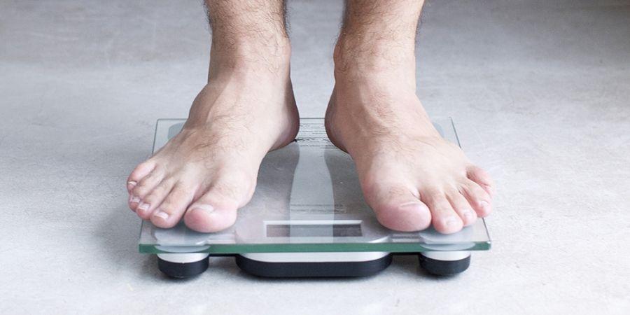 weegschaal, vetpercentage, lichaamsgewicht wegen, jezelf wegen, zo moet je jezelf wegen