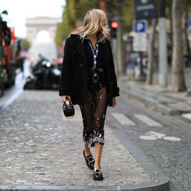 zo zien de loafers van het moment eruit, schoenen, statement, gouden ketting, gouden detail, loafers, klassiek model