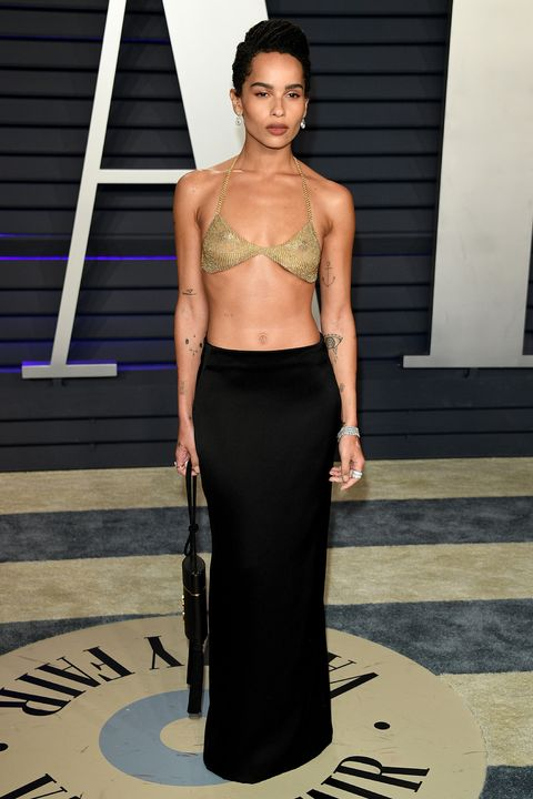 37aa18991b Zoe Kravitz wore an 18k-gold mesh bra by Tiffany & Co to the Oscars ...