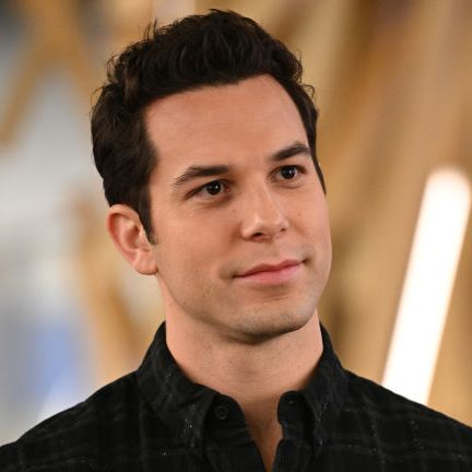 'zoey's extraordinary playlist' cast   skylar astin as max