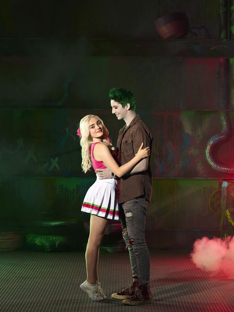 Zombies 2 Meg Donnelly Milo Manheim