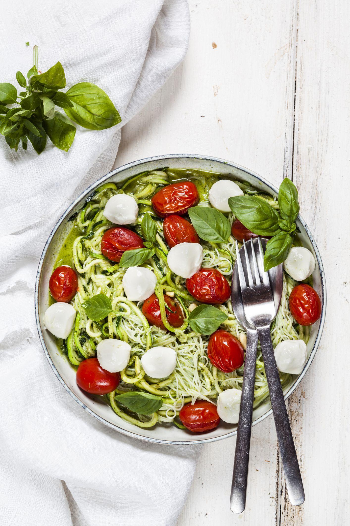 Recettes faciles de zoodle salade caprese de zoodle