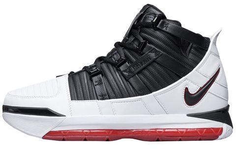 Shoe, Footwear, Outdoor shoe, White, Walking shoe, Running shoe, Black, Basketball shoe, Sneakers, Product,