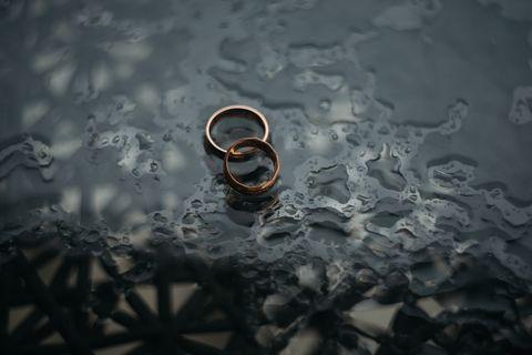 Liquid, Fluid, Still life photography, Circle, Macro photography, Silver, Transparent material,