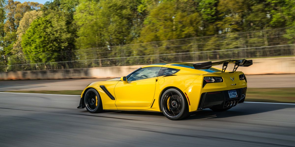 Best New V8 Cars - Greatest V8 Cars on Sale Now