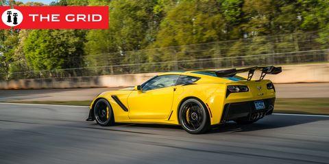 Land vehicle, Vehicle, Car, Sports car, Automotive design, Yellow, Supercar, Performance car, Corvette stingray, Chevrolet corvette,