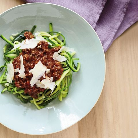 best zoodle recipes: zucchini-linguine bolognese
