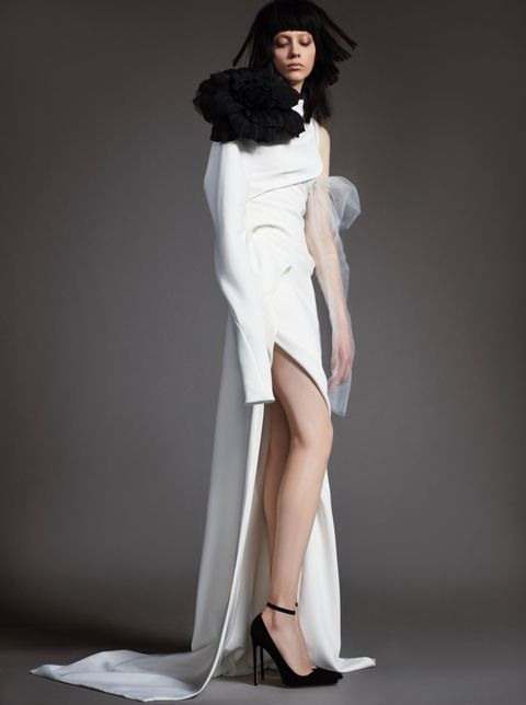 Fashion model, Clothing, White, Shoulder, Dress, Leg, Fashion, Beauty, Photo shoot, Thigh,