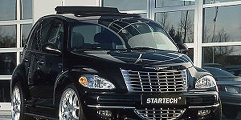 Motor vehicle, Mode of transport, Automotive design, Transport, Automotive mirror, Vehicle, Automotive lighting, Land vehicle, Hood, Car,