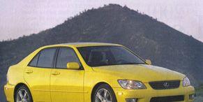Tire, Wheel, Mode of transport, Automotive design, Yellow, Vehicle, Transport, Car, Hood, Photograph,