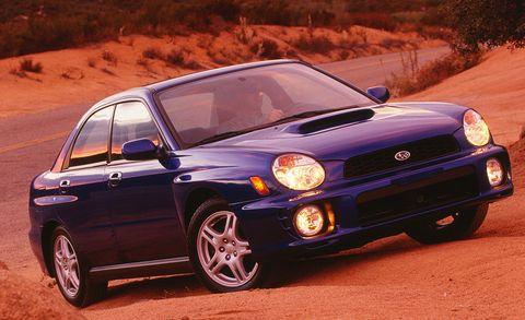 Tire, Automotive design, Vehicle, Land vehicle, Automotive lighting, Hood, Car, Headlamp, Rim, Alloy wheel,