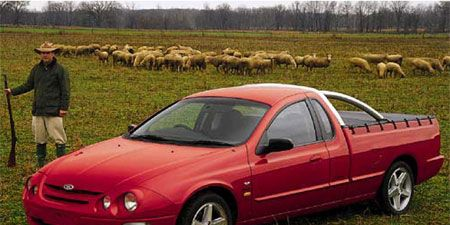Tire, Wheel, Human, Vehicle, Hood, Transport, Rim, Car, Landscape, Red,