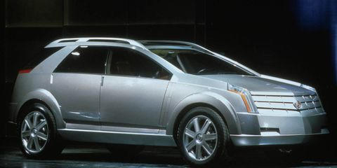 Tire, Wheel, Motor vehicle, Automotive design, Automotive tire, Vehicle, Land vehicle, Rim, Automotive parking light, Car,