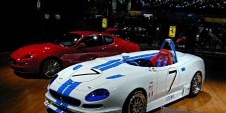 Tire, Mode of transport, Automotive design, Vehicle, Land vehicle, Car, Performance car, Sports car, Red, Automotive lighting,