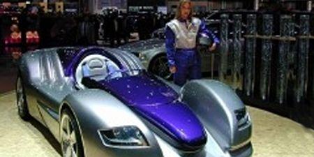 Mode of transport, Automotive design, Vehicle, Transport, Land vehicle, Car, Fender, Rim, Headlamp, Alloy wheel,