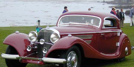 Tire, Motor vehicle, Mode of transport, Automotive design, Vehicle, Land vehicle, Transport, Car, Classic car, Photograph,