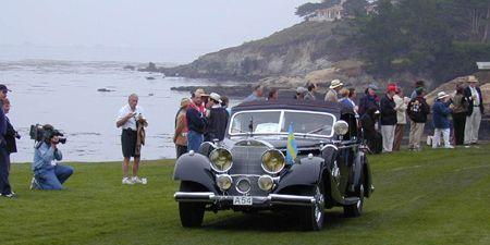 Vehicle, Land vehicle, Classic car, Car, Antique car, Tourism, Coast, Classic, Hill, Travel,