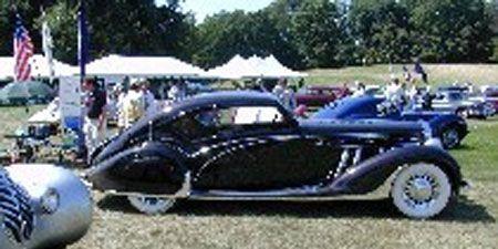 Motor vehicle, Mode of transport, Nature, Automotive design, Vehicle, Transport, Photograph, Car, Vehicle door, Automotive wheel system,