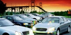 Tire, Motor vehicle, Wheel, Mode of transport, Automotive design, Automotive mirror, Transport, Vehicle, Land vehicle, Automotive parking light,
