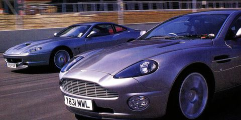 Tire, Wheel, Automotive design, Vehicle, Land vehicle, Vehicle registration plate, Car, Headlamp, Rim, Automotive wheel system,