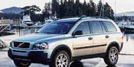 Tire, Wheel, Motor vehicle, Automotive tire, Mode of transport, Vehicle, Land vehicle, Transport, Automotive design, Rim,