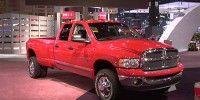 Motor vehicle, Wheel, Automotive design, Product, Automotive tire, Vehicle, Land vehicle, Automotive exterior, Property, Transport,
