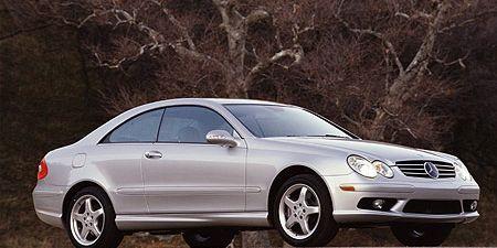 Tire, Wheel, Automotive design, Alloy wheel, Vehicle, Spoke, Rim, Automotive lighting, Hood, Car,