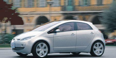 Tire, Motor vehicle, Wheel, Automotive design, Mode of transport, Vehicle, Land vehicle, Alloy wheel, Automotive wheel system, Automotive mirror,