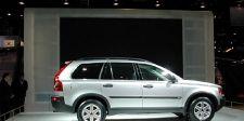 Tire, Wheel, Automotive design, Product, Vehicle, Automotive tire, Alloy wheel, Rim, Car, Photograph,