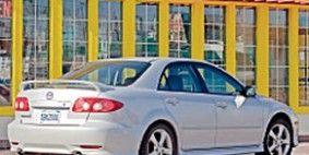 Tire, Wheel, Mode of transport, Automotive design, Vehicle, Transport, Automotive parking light, Alloy wheel, Automotive lighting, Car,