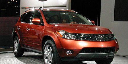 Tire, Wheel, Automotive design, Vehicle, Automotive tire, Land vehicle, Automotive lighting, Car, Automotive mirror, Alloy wheel,