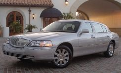 2002 Lincoln Town Car 8211 Instrumented Test 8211 Car And Driver