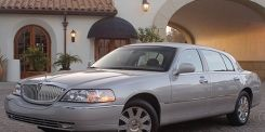 Tire, Wheel, Motor vehicle, Mode of transport, Automotive tire, Transport, Vehicle, Yellow, Window, Automotive parking light,