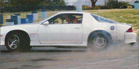 Tire, Wheel, Vehicle, Land vehicle, Automotive tire, Car, Alloy wheel, Fender, Rim, Motorsport,
