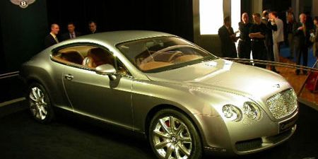 Tire, Wheel, Motor vehicle, Mode of transport, Automotive design, Vehicle, Rim, Alloy wheel, Car, White,