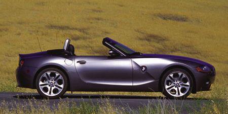 Tire, Wheel, Mode of transport, Automotive design, Vehicle, Alloy wheel, Rim, Spoke, Car, Performance car,