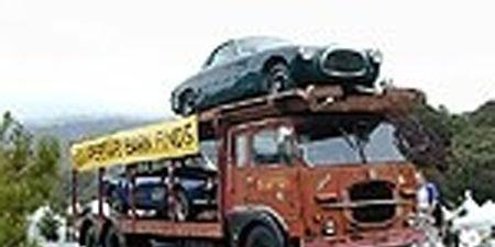 Motor vehicle, Mode of transport, Nature, Automotive design, Transport, Vehicle, Automotive mirror, Automotive tire, Automotive exterior, Automotive parking light,