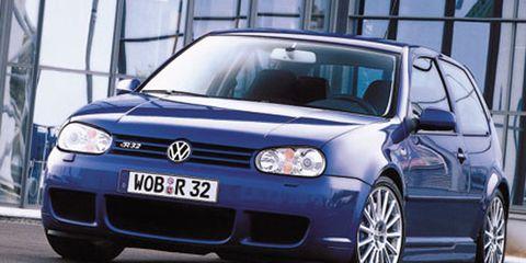 Automotive design, Blue, Daytime, Vehicle, Car, Automotive exterior, Glass, Rim, Alloy wheel, Automotive lighting,
