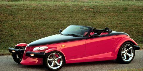 Tire, Wheel, Automotive design, Vehicle, Red, Alloy wheel, Car, Automotive mirror, Hood, Fender,