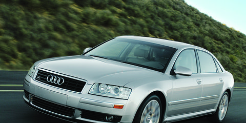 Automotive design, Vehicle, Automotive tire, Transport, Hood, Infrastructure, Headlamp, Automotive mirror, Car, Rim,