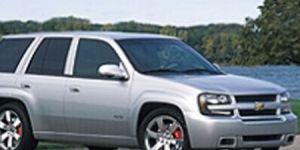 Tire, Wheel, Motor vehicle, Automotive tire, Mode of transport, Nature, Automotive mirror, Transport, Daytime, Vehicle,