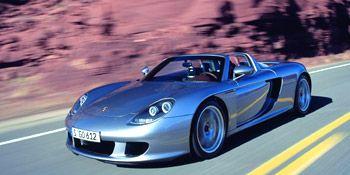 Tire, Mode of transport, Automotive design, Transport, Vehicle, Road, Land vehicle, Infrastructure, Car, Performance car,