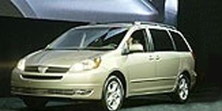 Motor vehicle, Mode of transport, Automotive design, Automotive mirror, Transport, Vehicle, Land vehicle, Car, Rim, Glass,