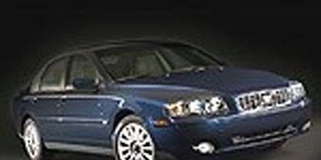 Motor vehicle, Mode of transport, Automotive design, Blue, Automotive mirror, Vehicle, Automotive tire, Automotive lighting, Land vehicle, Headlamp,